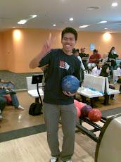 Latihan 1, Ejaz - Inilah rupanya budak baru dapat hadiah bola bowling