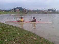 Latihan Berkayak Bagi Peserta XPDC Berkayak Di Sg. Slim Di Tasik Proton City