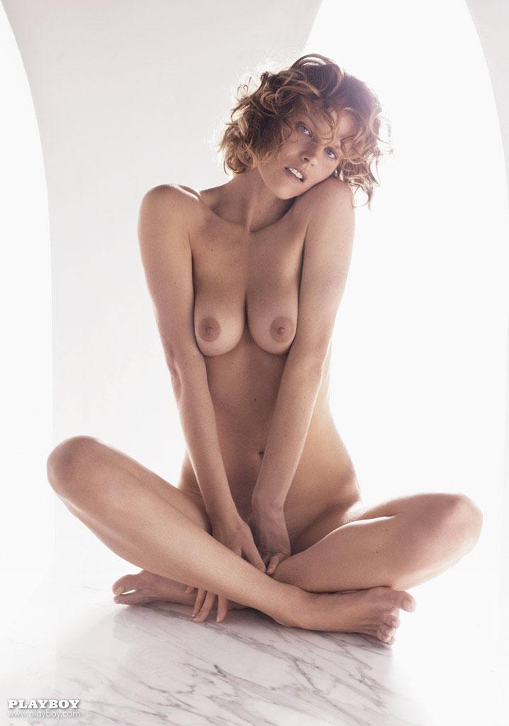 Amber Tamblyn  nackt