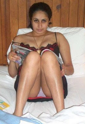 HOT INDIAN AUNTIES