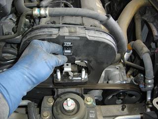 Carfix: 2004 Suzuki Forenza check engine light code P0342