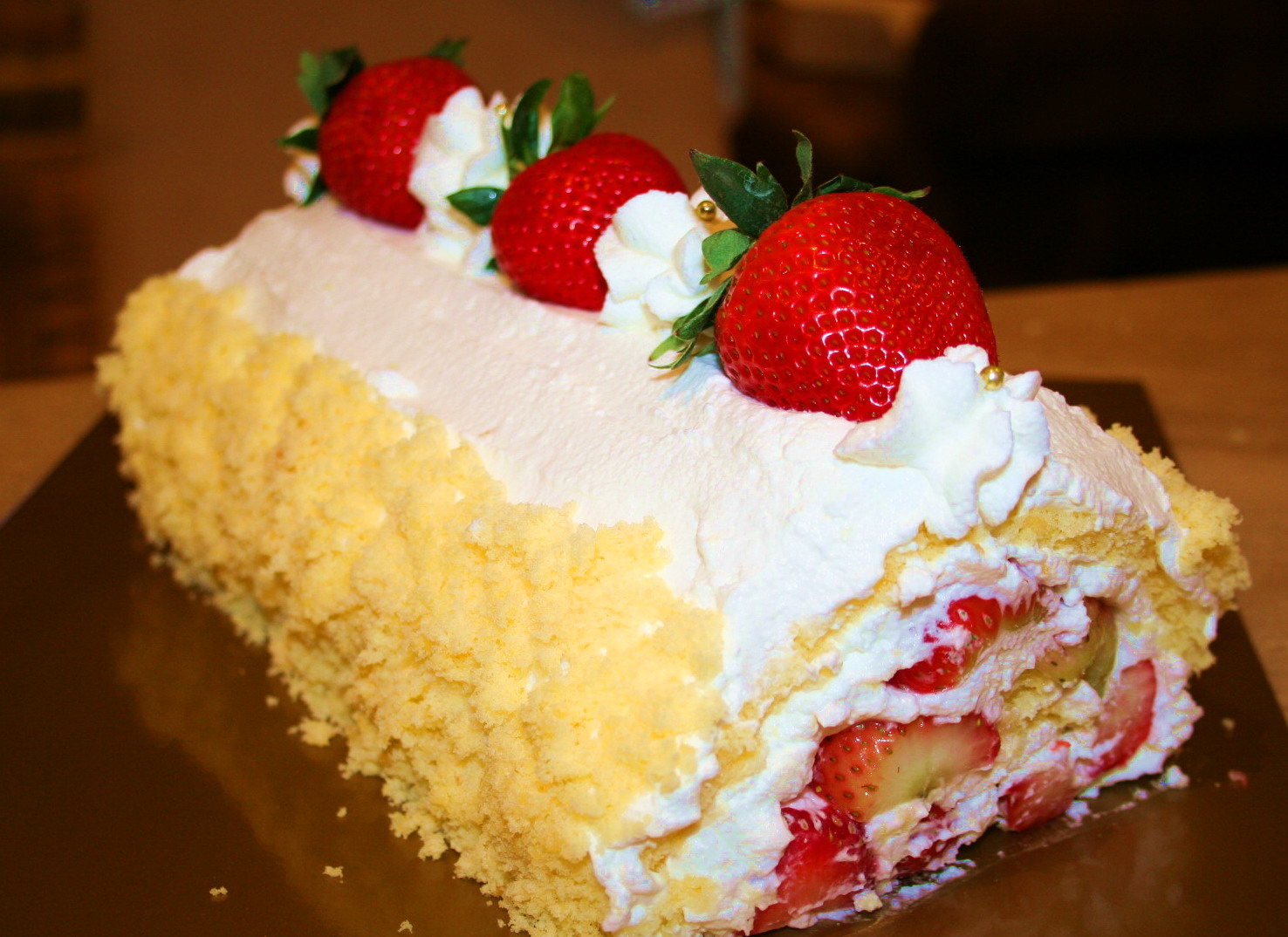 Strawberry Honey Roll Cake