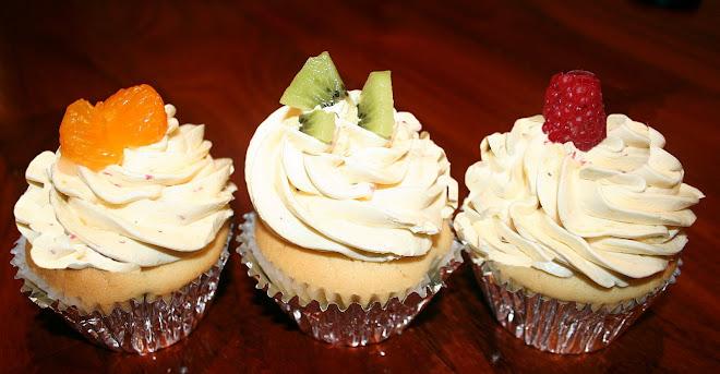 Fruitloops cupcakes