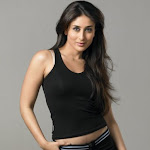 Bollywood Actress Kareena Kapoor Waits For Amir