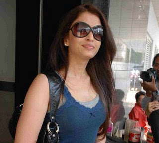 Bollywood Actress Aishwarya Rai Says:i Want To Work With Rajni Sir