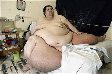 xin 1307042410123222674100 O homem mais gordo do mundo   Curiosidades