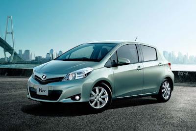 2011 Toyota Vitz images