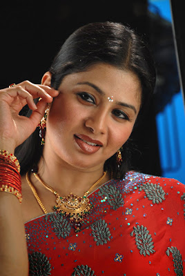 Nude actress photos sangeetha