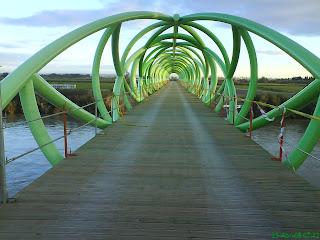 pasarela del Bicentenario Ebro Zaragoza