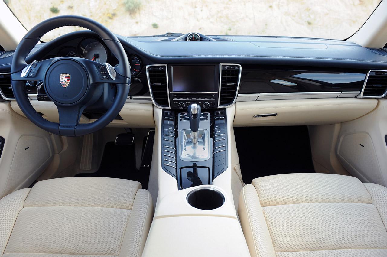 Luxury Car 2011 Porsche Panamera 4s Limited Edition