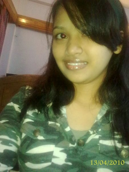Very Simple Bangladeshi Girl  Sexyblogger-2000