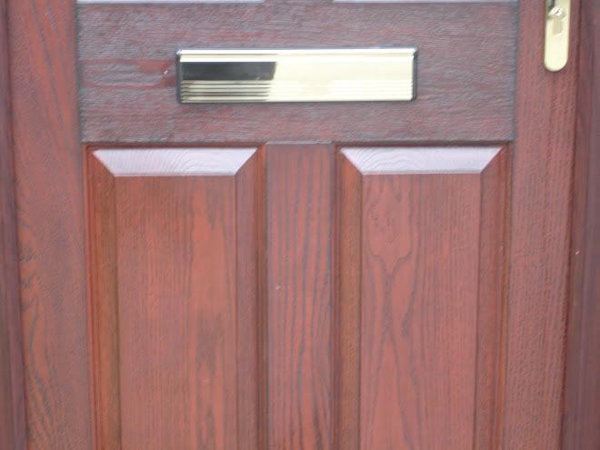 Rosewood on White Composite door