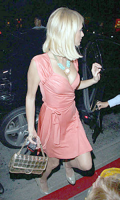 paris hilton cleavage
