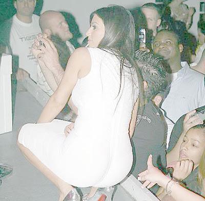 kim kardashian butt pics