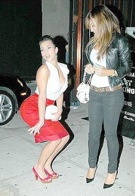 has kim kardashian relaly had butt implants