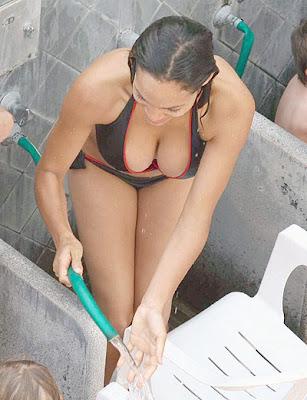 rosario dawson bikini
