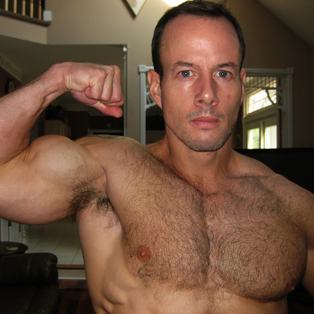 Hairy chest men pix