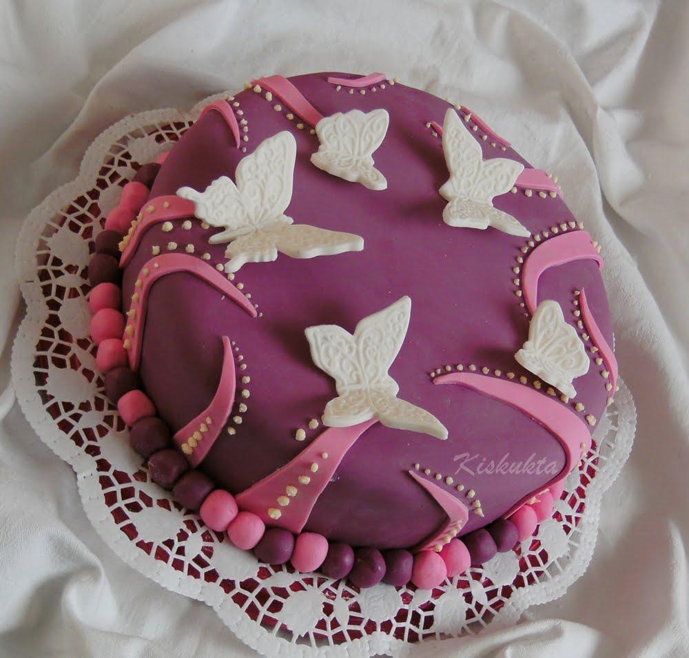 pillangós torta képek Kiskukta torta: Újabb pillangós torta pillangós torta képek