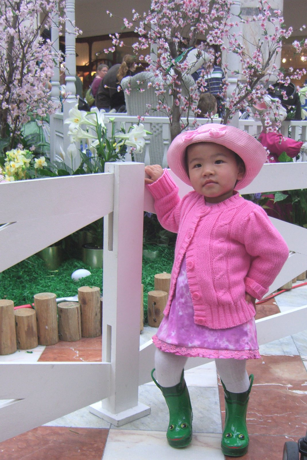 [easter+lily+pose]