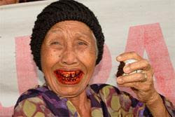 Betel nut user, old woman