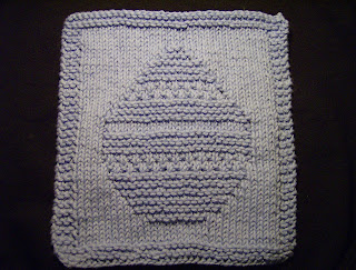 Knitted Dishcloth Patterns For Easter : lil knit of this & that: Easter Egg Dishcloth