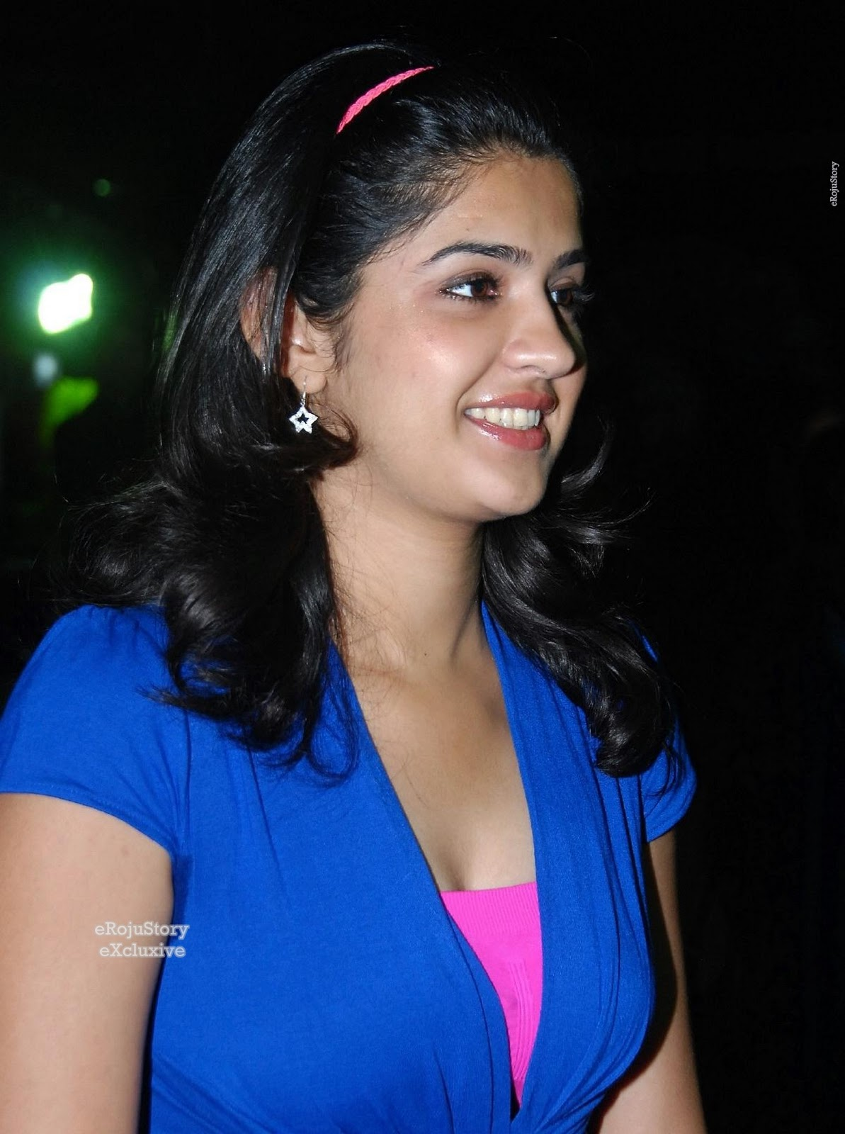 Deeksha Seth Cute Photo Stills - Tollywood To Bollywood-8856