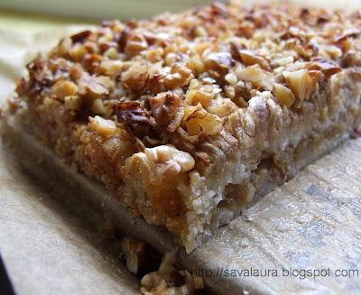 Prăjitură cu mere si gris si iaurt