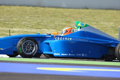 Os dois disputam o título de Estreante do Ano – que rende contrato de  piloto oficial da BMW. e536affdbad