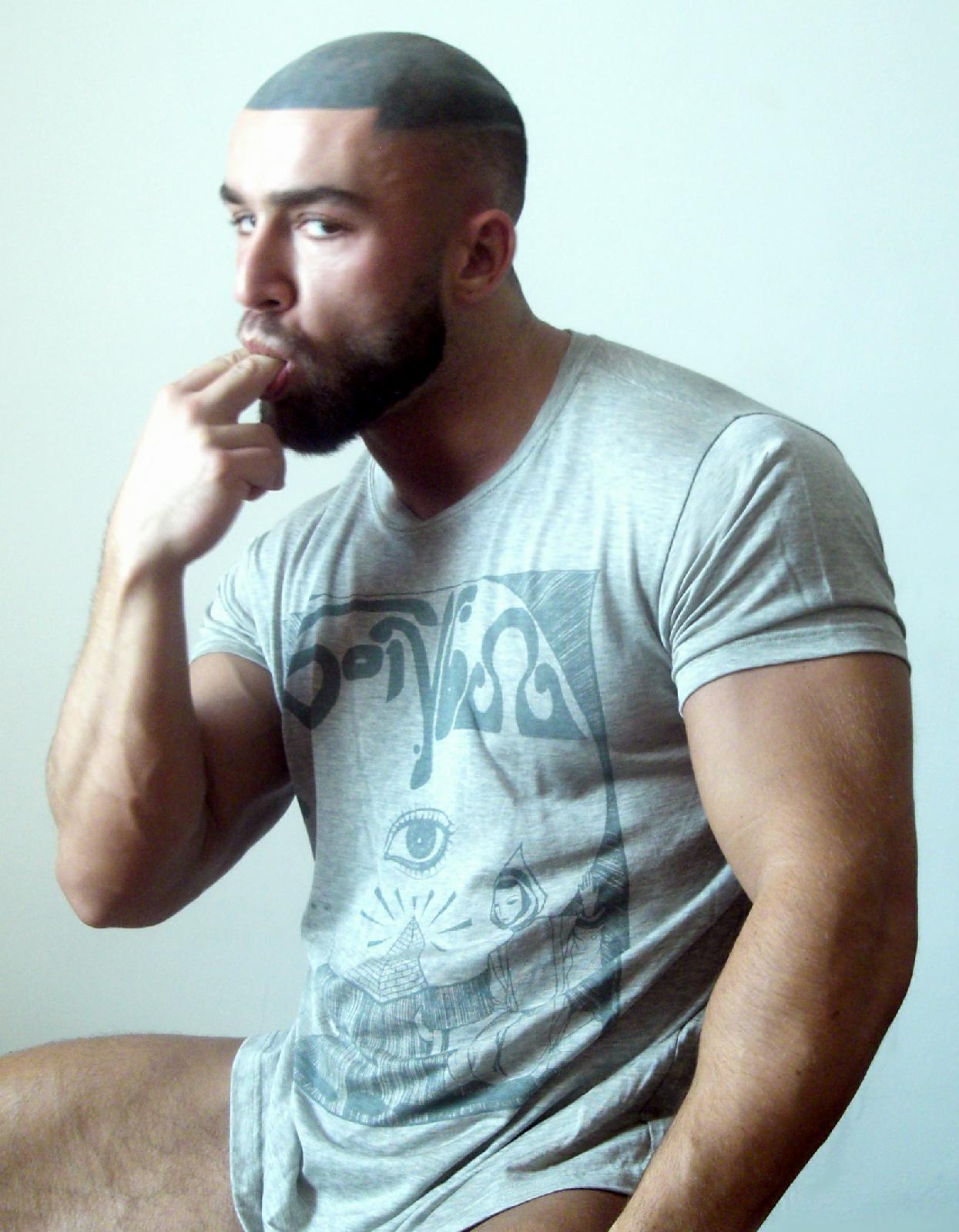 """Baños Gay Porno neyr@´s world"""": """"francois sagat - man in bath""""new gay"""