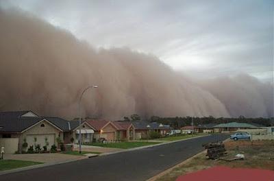 gambar tsunami