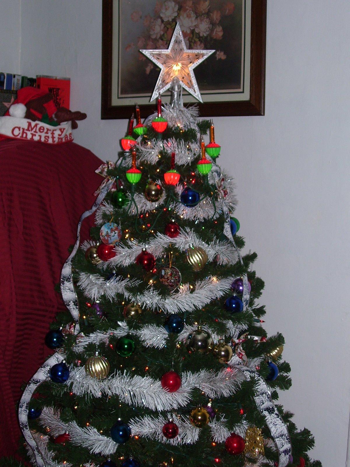 [Xmas+Tree+2006.jpg]