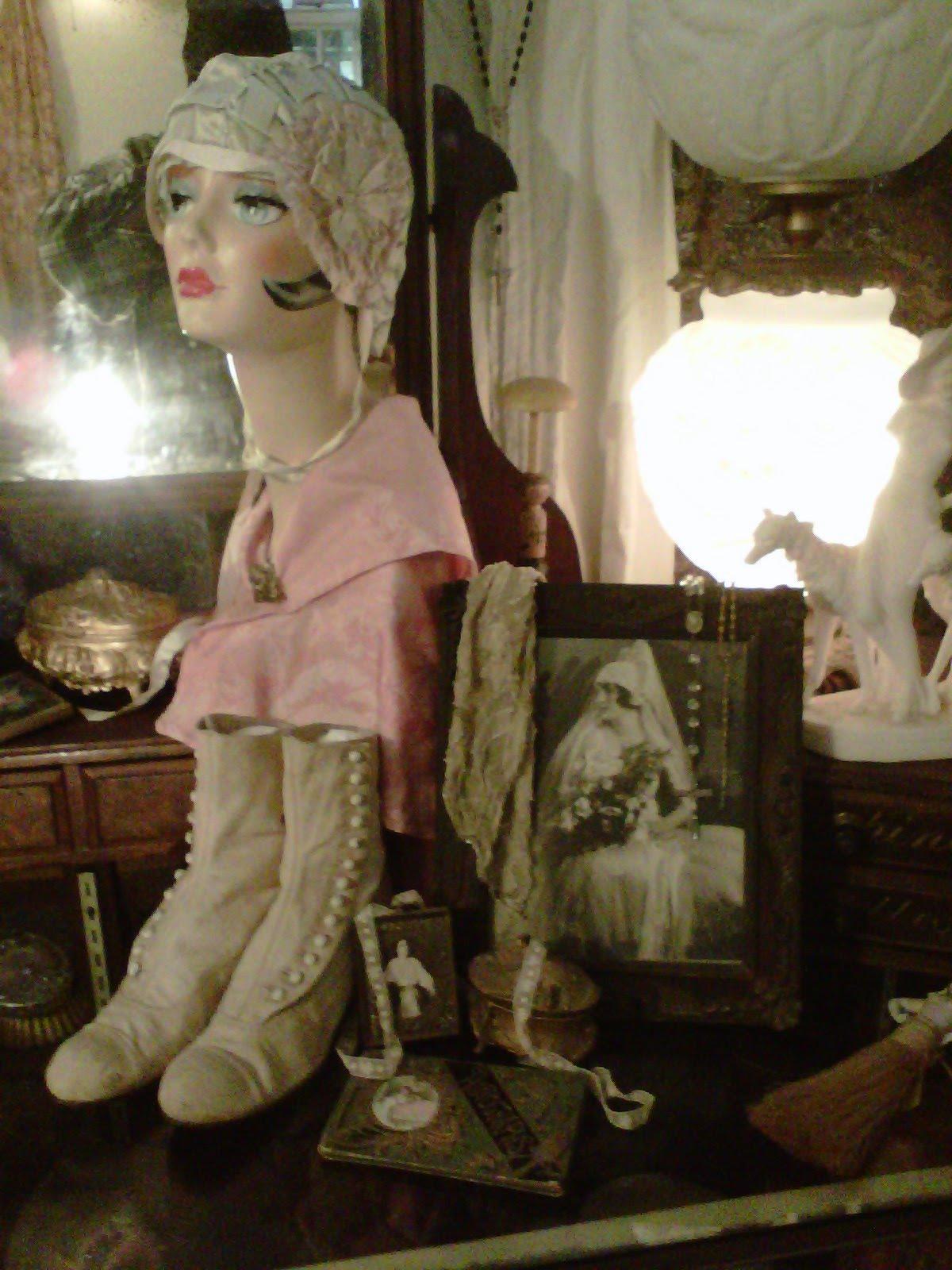 Tallulah S Antique Closet 1920 S Cloche Hat Collection