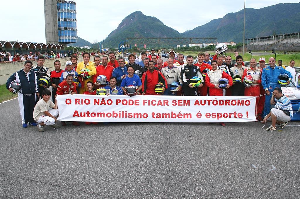AUTODROMO+DE+JACAREPAGUA+PROTESTO.jpg