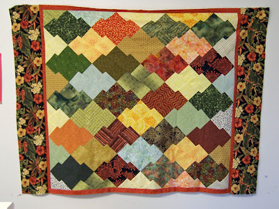 Jo Got Some Of Her Borders On Today This Quilt Is Stunning I Hope We Can Take A Picture The Finished At Next Meetingbut No Pressure