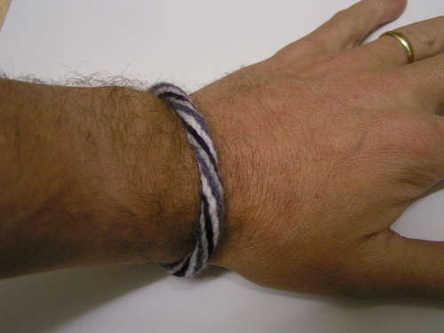 b38b763eb5bb4 How to Make Kumihimo-Style Braided Bracelets on DIY Discs - The ...