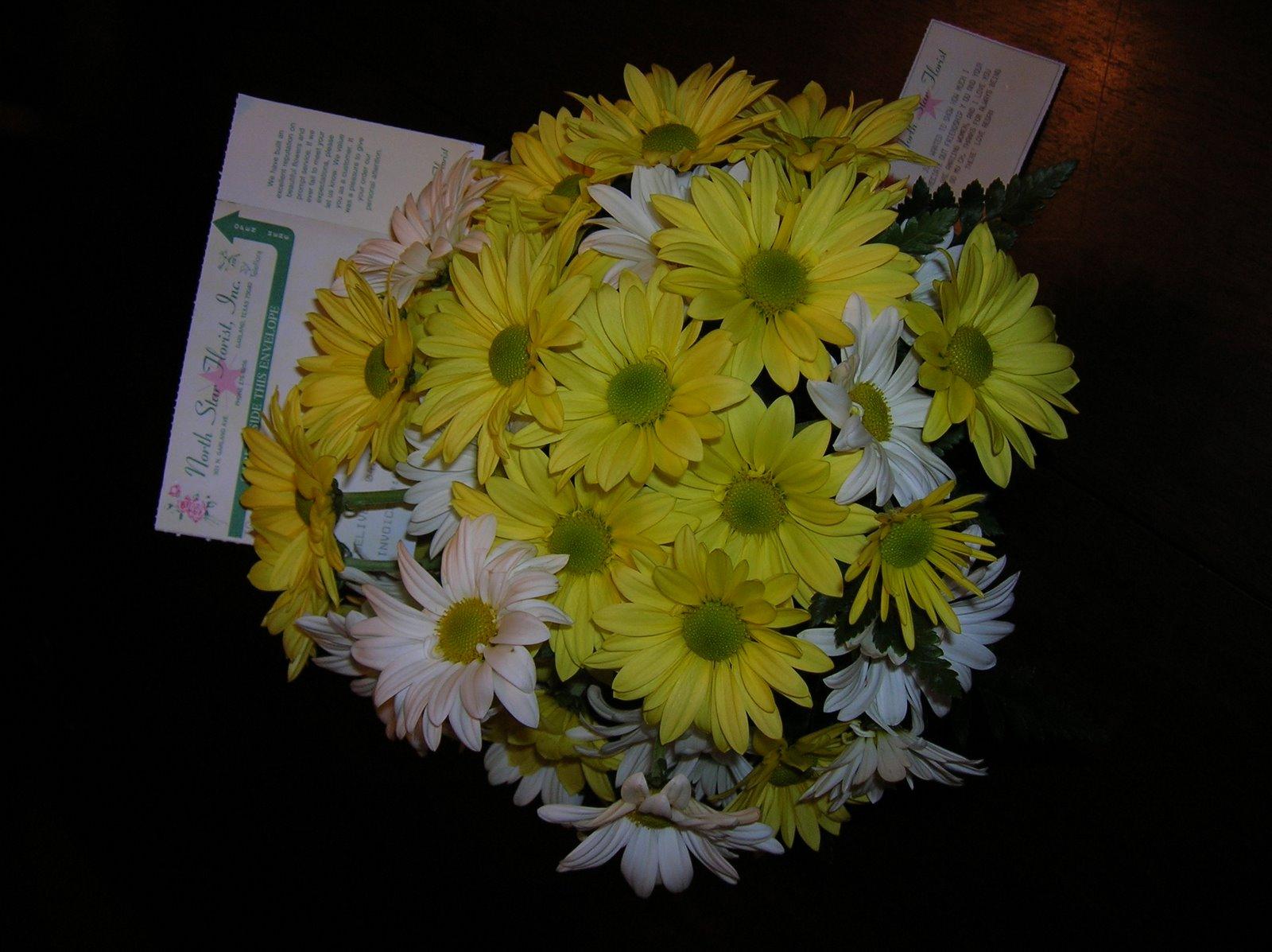[Flowers+from+Regan.JPG]