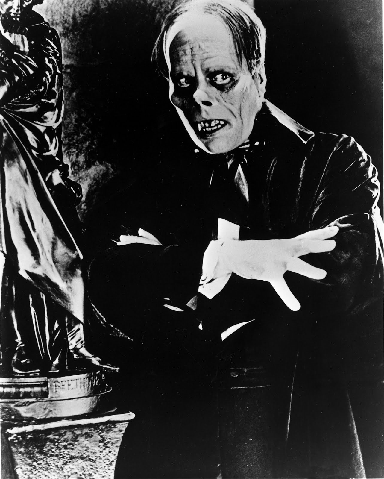 Horror: 1000+ Images About Classic Movie Monsters On Pinterest
