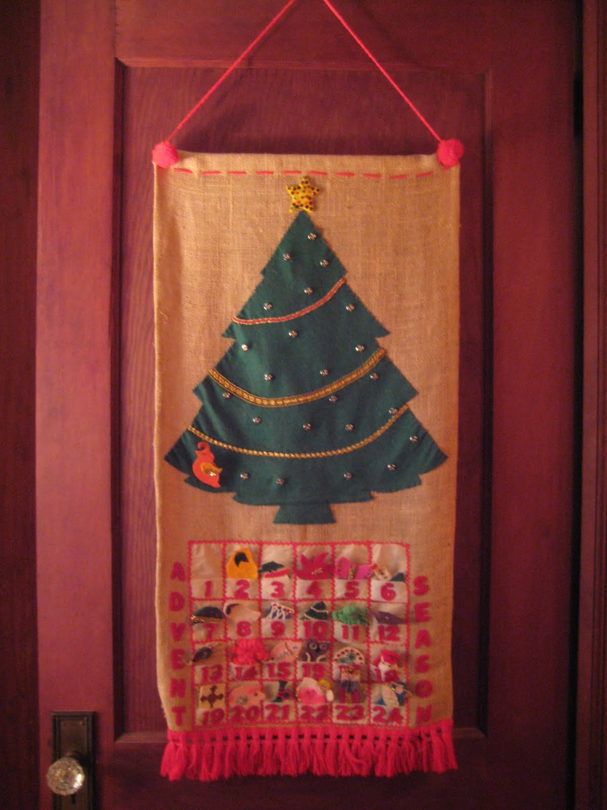 Advent Calendar Handmade Knitting : Kitten s lost her mittens happy december and a giveaway