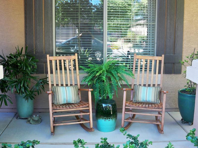 A Stroll Thru Life Front Porch Decorating