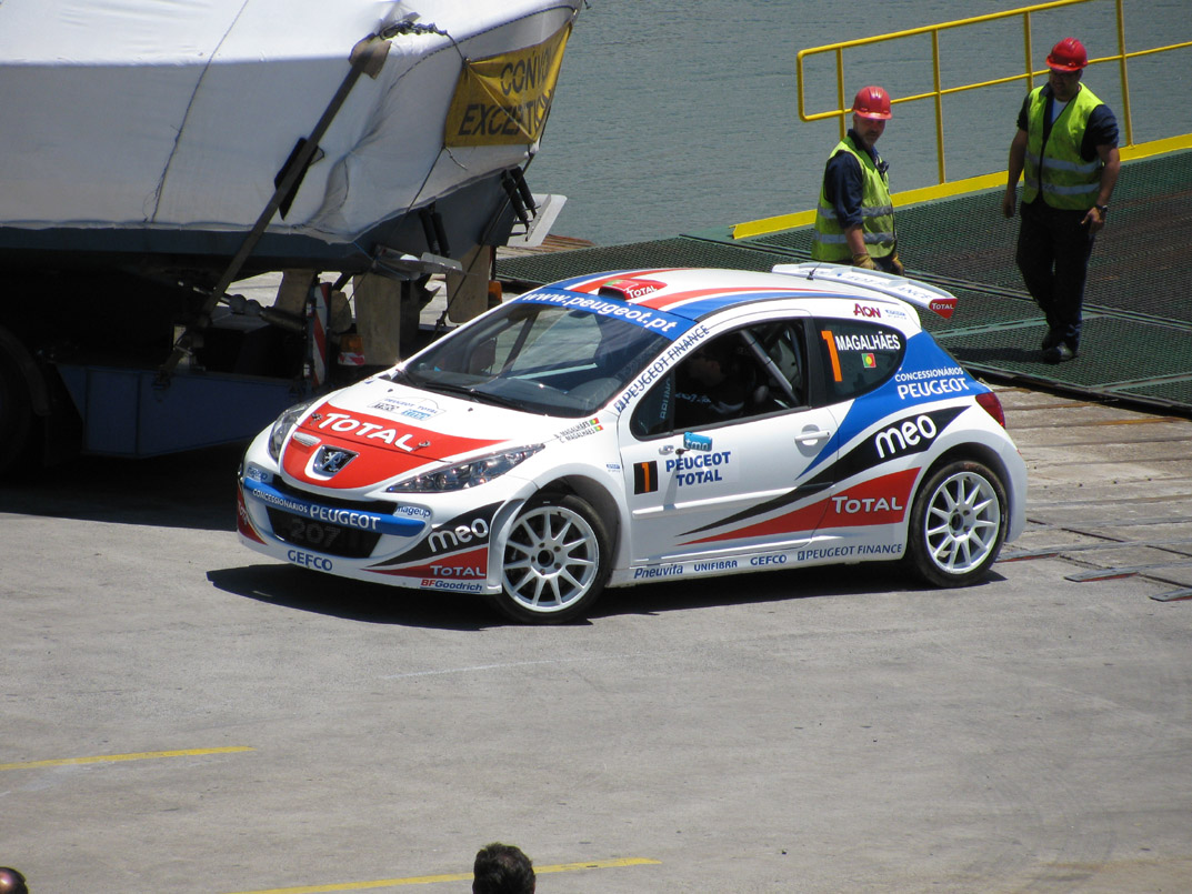 a car for the Madeira wine rally