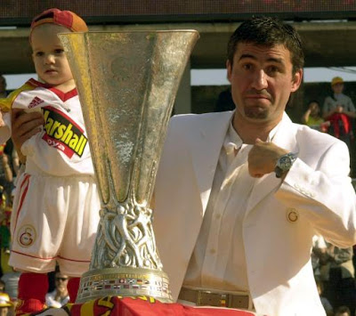Hagi+&+UEFA+Cup.jpg