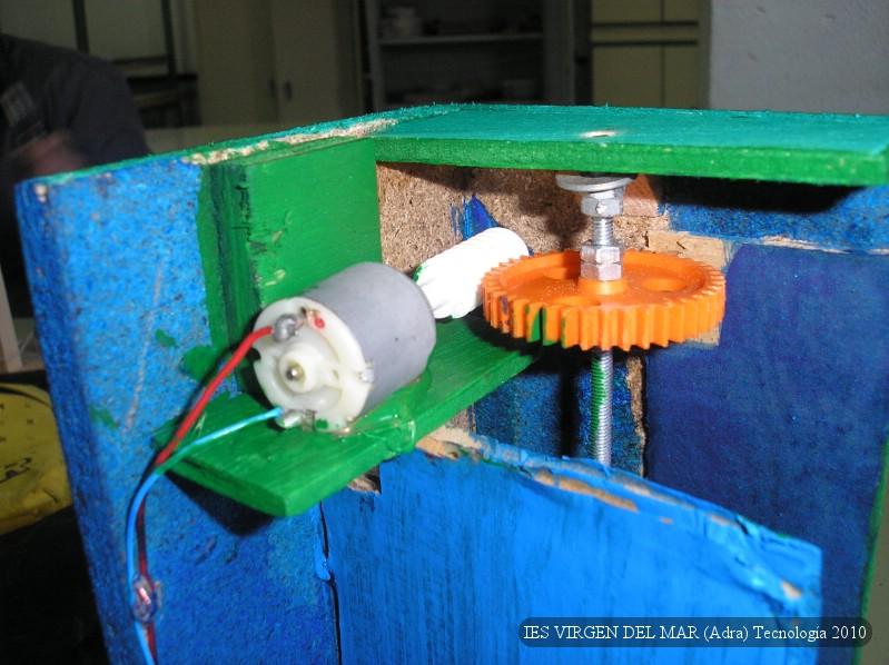 Proyectos de tecnolog a ascensor for Mecanismos de estores caseros