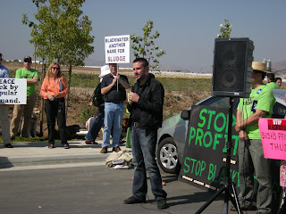 Author Jeremy Scahill joins San Diegans in Fight Against Blackwater