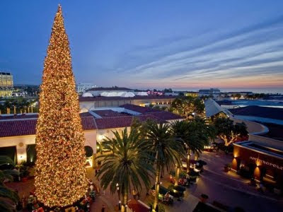 Newport Beach Christmas Tree Fashion Mall