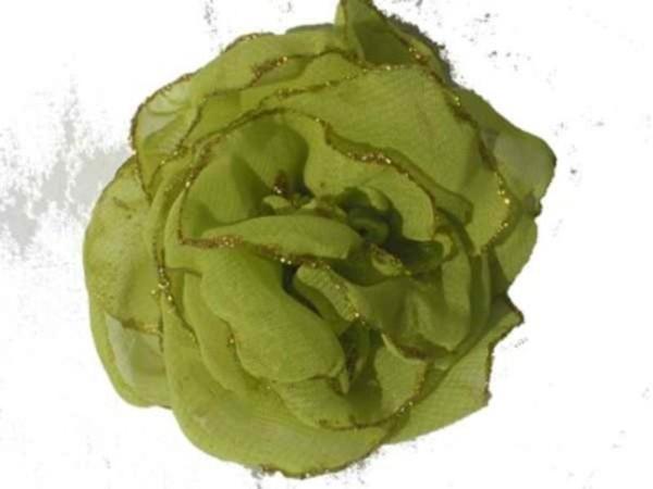 Rosa de gaza verde manzana con bordes en glitter.