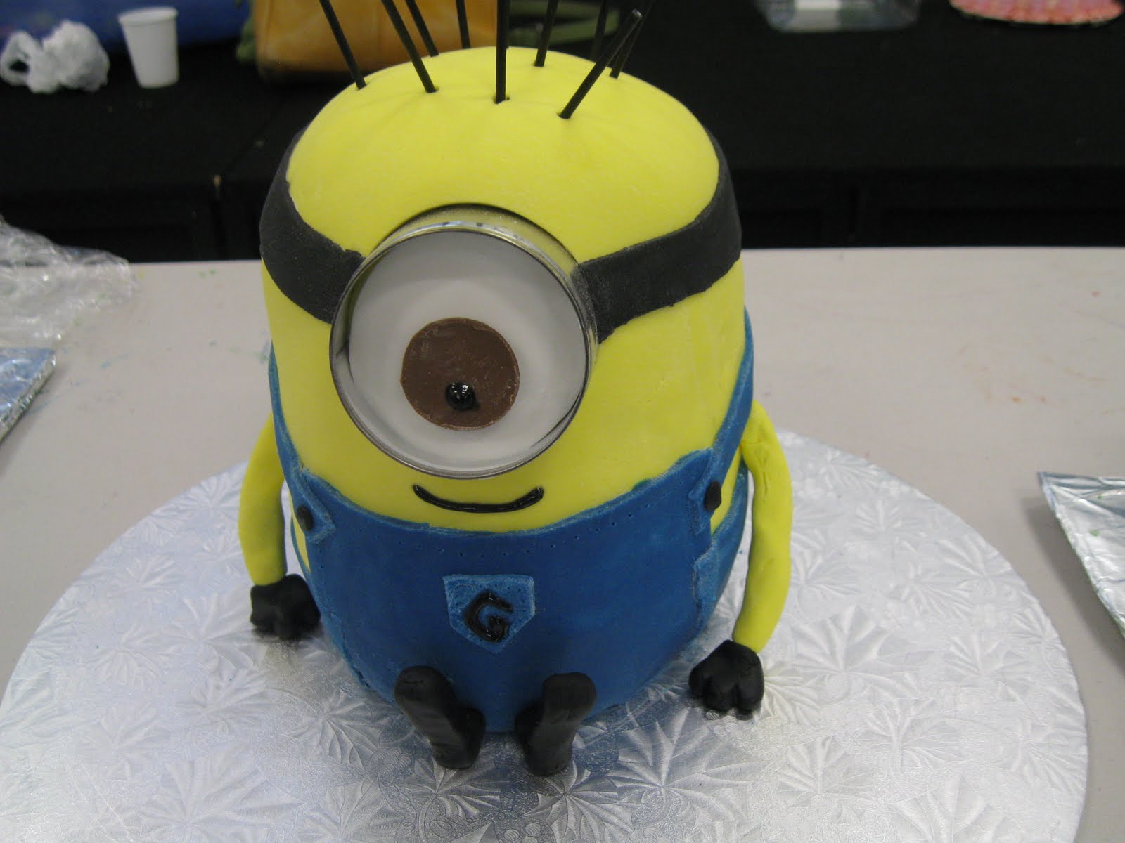 Minion cake inspiration and final product