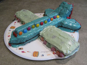 Fabulous Green Gourmet Giraffe Airplane Cake For Dash Funny Birthday Cards Online Alyptdamsfinfo