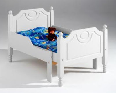 laulumaa sänky Poikien tyyliin: Pienelle pojalle sänky laulumaa sänky