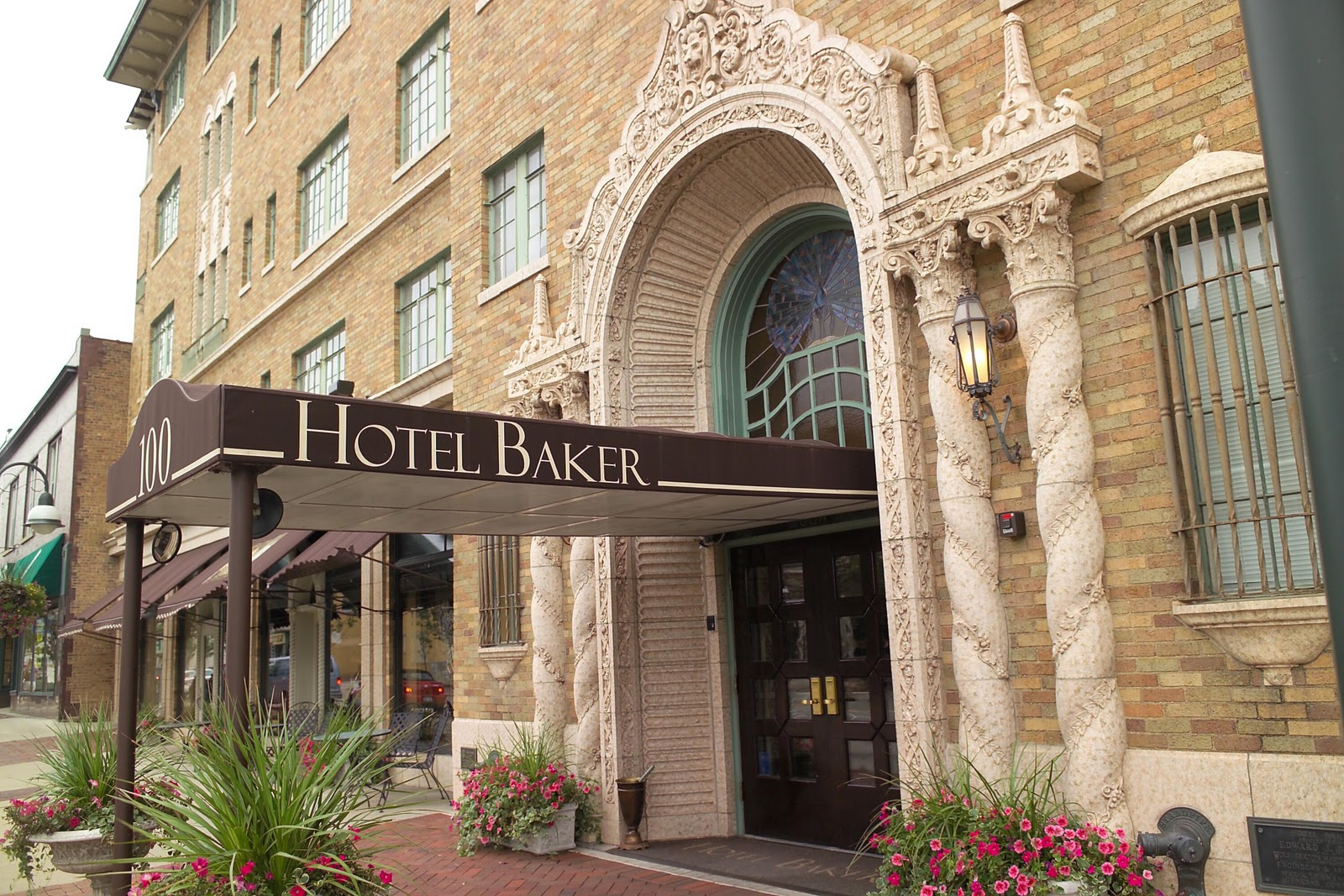 Hotel Baker: January 2011