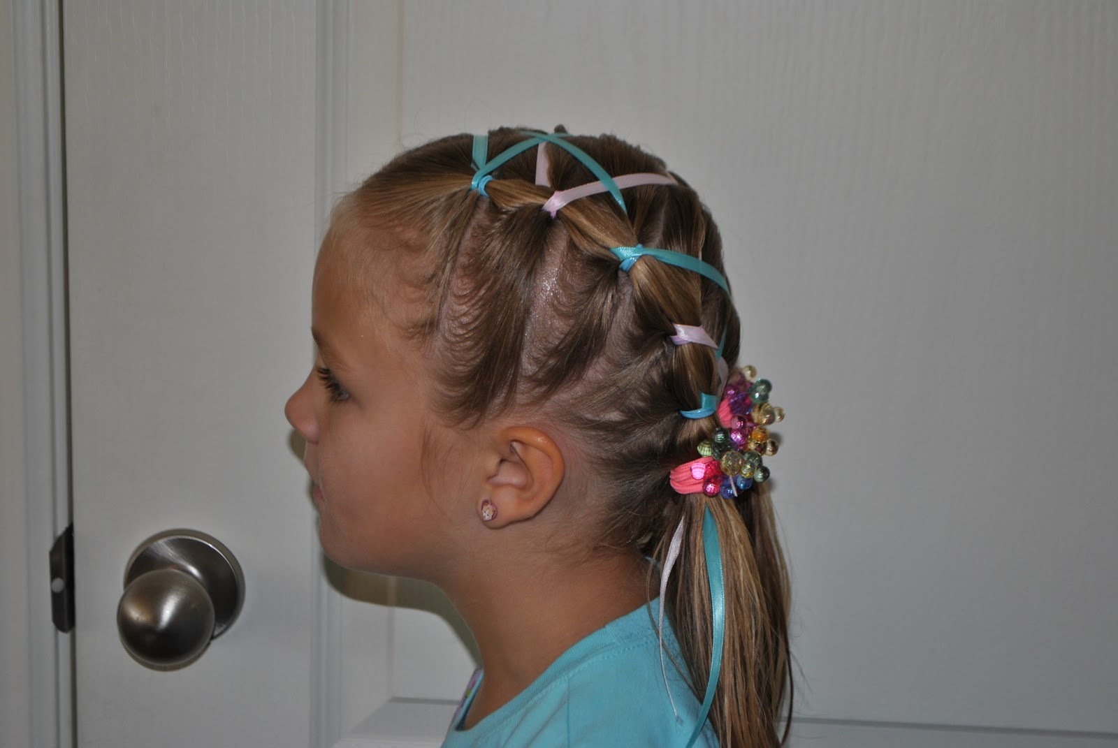 Rapunzel, Rapunzel, let down your golden hair: Rubber band